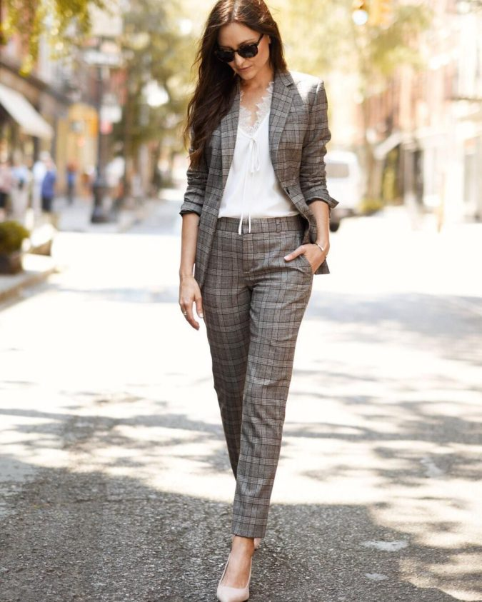 Tweed-Suit-2-675x843 +45 Stylish Women's Outfits for Job Interviews for 2021