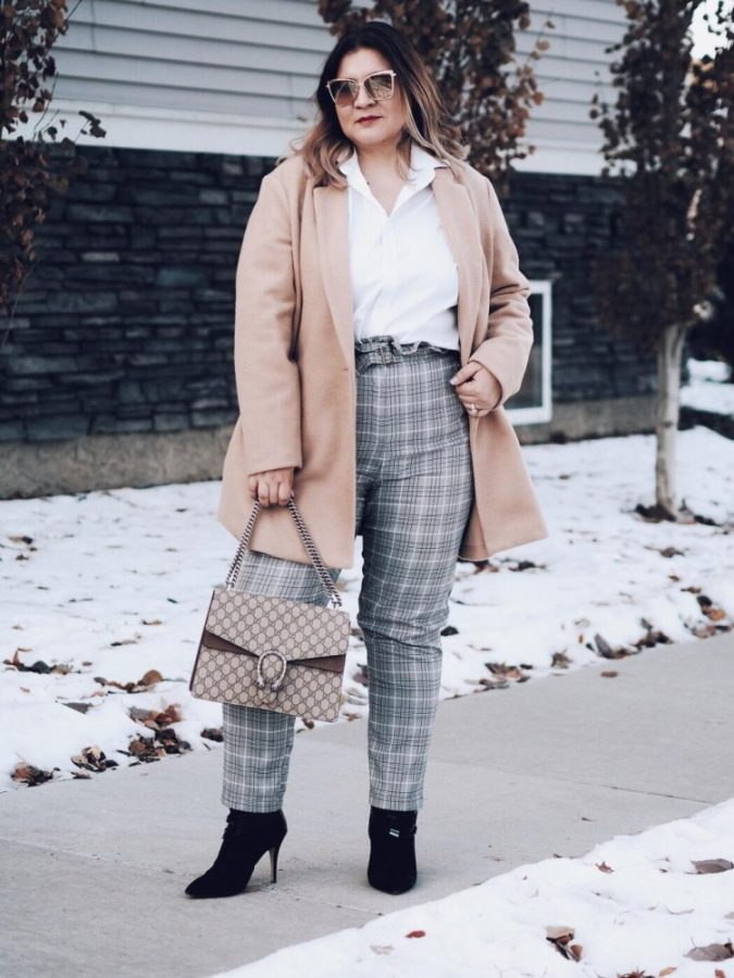 Tweed-Trousers.-1-675x900 +45 Stylish Women's Outfits for Job Interviews for 2020