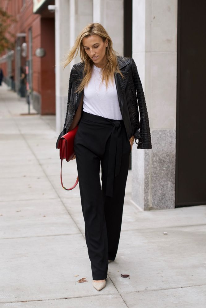 black-suit-1 +45 Stylish Women's Outfits for Job Interviews for 2021