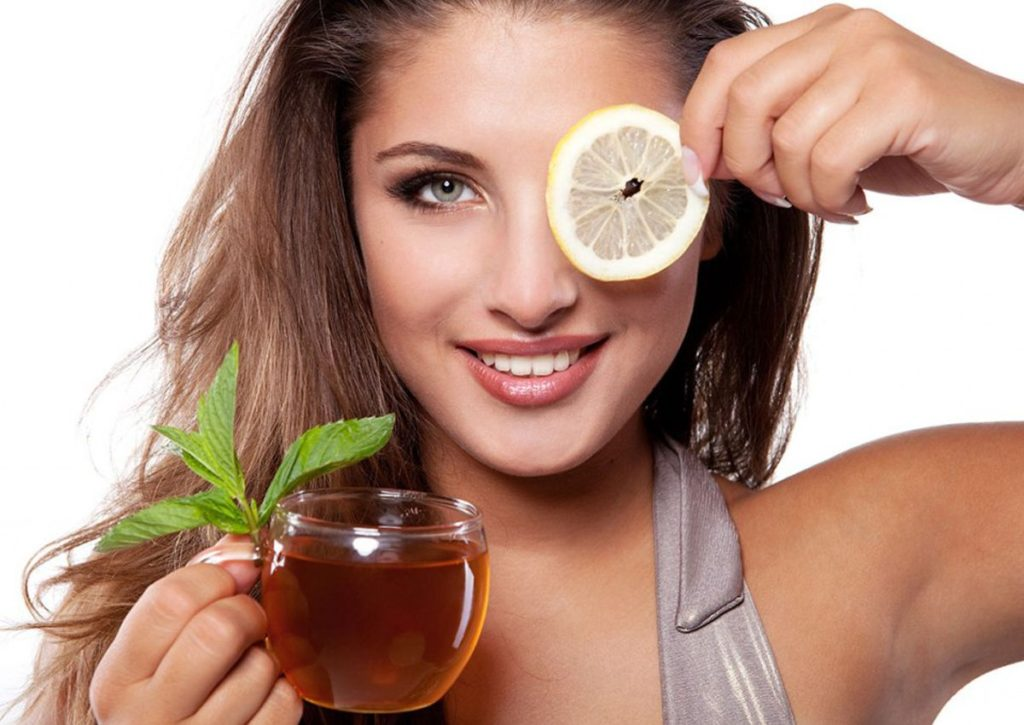 """green-tea-1024x725 How to Get Natural """"No-Makeup"""" Makeup Look for Work (Step by Step)"""