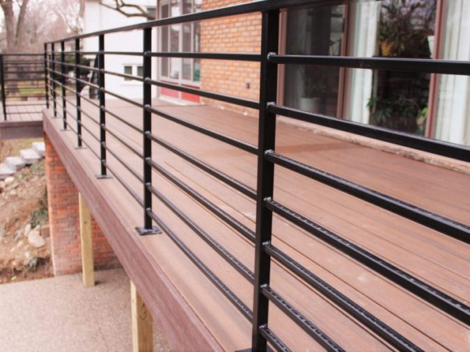 house-wood-deck-Steel-railing-675x506 4 Simple Steps to Increase the Value of the House with Deck Railing Project Ideas