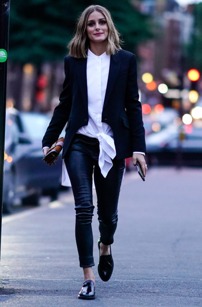 jeans-and-black-blazer-675x1028 +45 Stylish Women's Outfits for Job Interviews for 2021