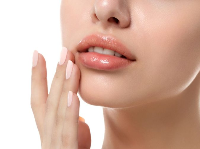 lips-675x506 10 Tips for Gorgeous Natural Makeup Looks in 2021