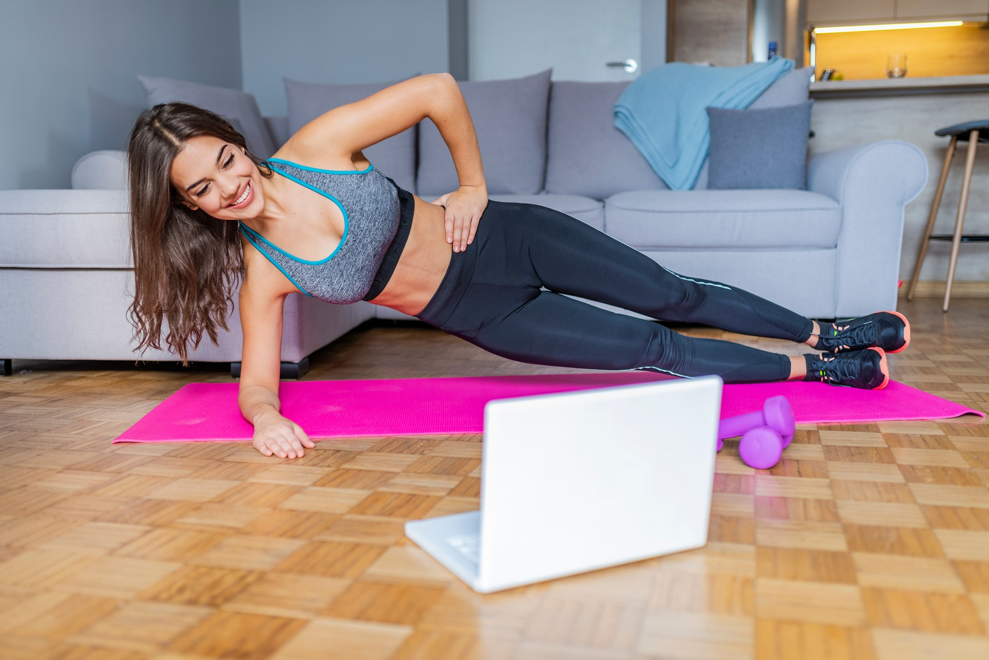 online-exercise Top 7 Women Fitness Apps to Lose Weight Easily