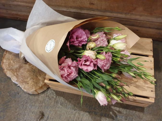 pink-Lisianthus-675x506 Top 10 Most Expensive Flowers in The World