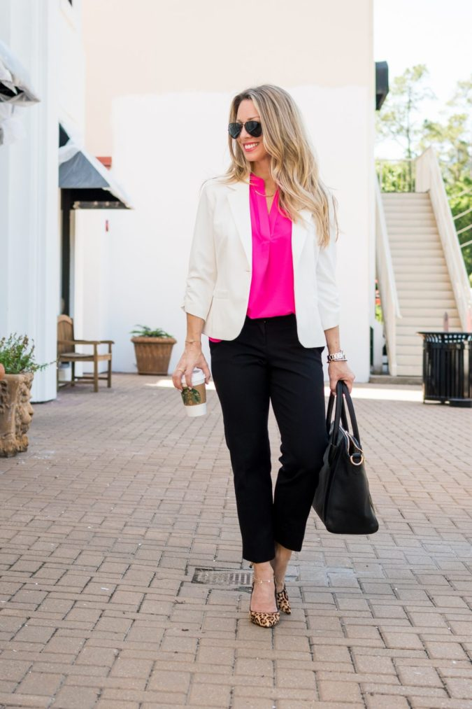 simple-look.-675x1013 +45 Stylish Women's Outfits for Job Interviews for 2020
