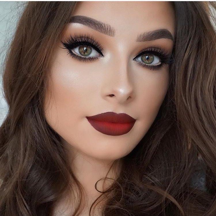 Basic-Smokey-Eyes-2 60+ Hottest Smokey Eye Makeup Looks in 2020