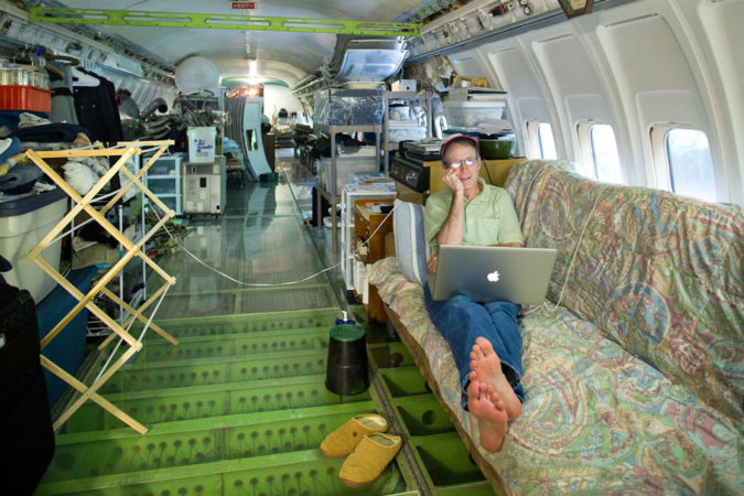Boeing-727-200.-675x450 Top 25 Strangest Houses around the World