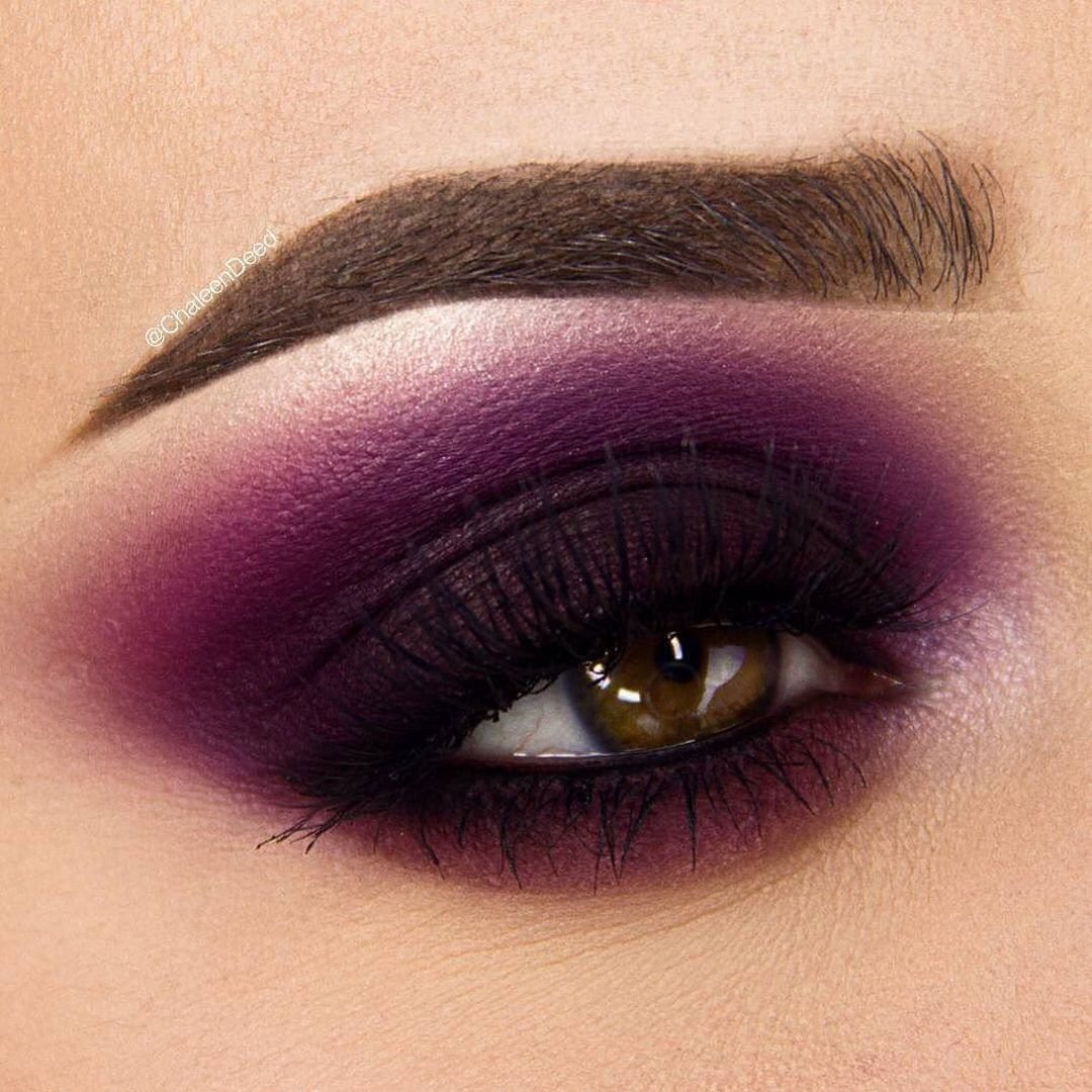 Dark-outlined-Purple-Color-Smokey-Eyes-5 60+ Hottest Smokey Eye Makeup Looks in 2020