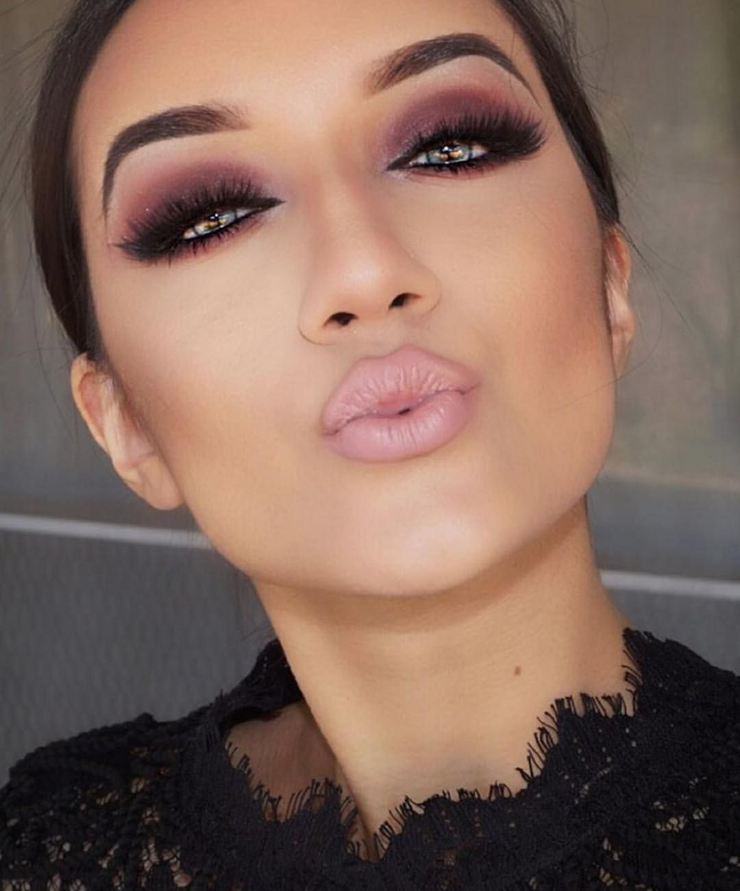 Dark-outlined-Purple-Color-Smokey-Eyes. 60+ Hottest Smokey Eye Makeup Looks in 2021