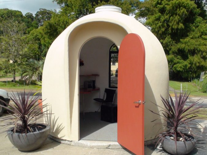 Dome-house-675x506 Top 25 Strangest Houses around the World