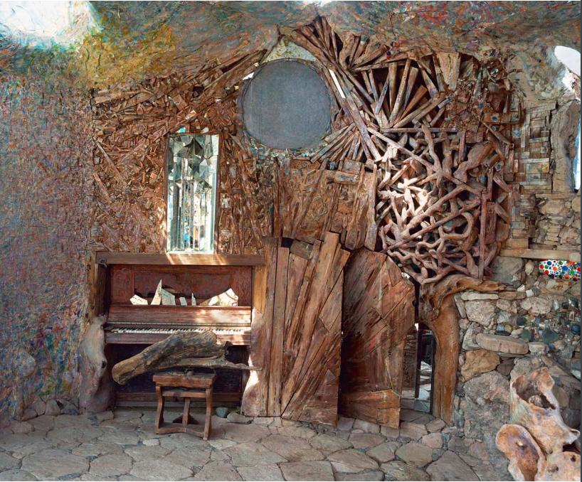Eliphante-Art-House-1 Top 25 Strangest Houses around the World