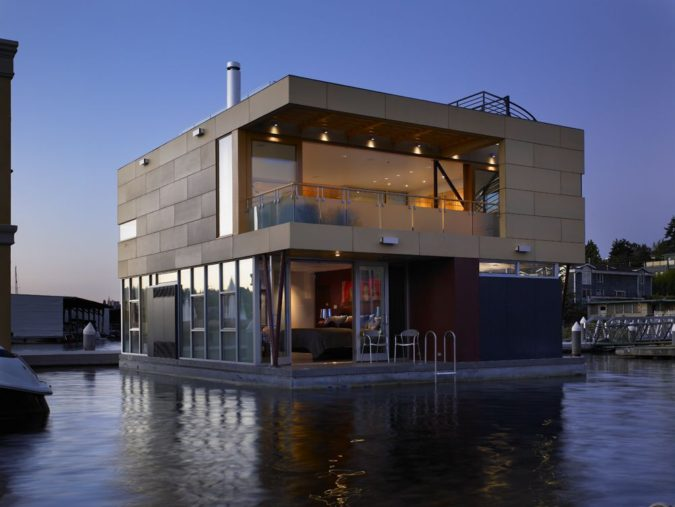 Floating-Home-675x507 Top 25 Strangest Houses around the World