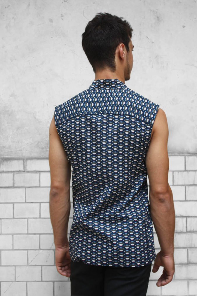 Going-sleeveless.-2-675x1013 120+ Fashion Trends and Looks for College Students in 2020/2021