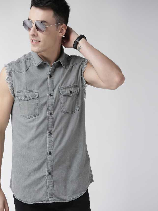 Going-sleeveless. 120+ Fashion Trends and Looks for College Students in 2021