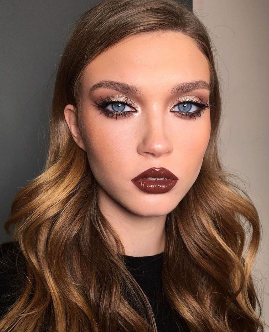 Golden-Smokey-Eye-make-up-3-1024x1263 60+ Hottest Smokey Eye Makeup Looks in 2021