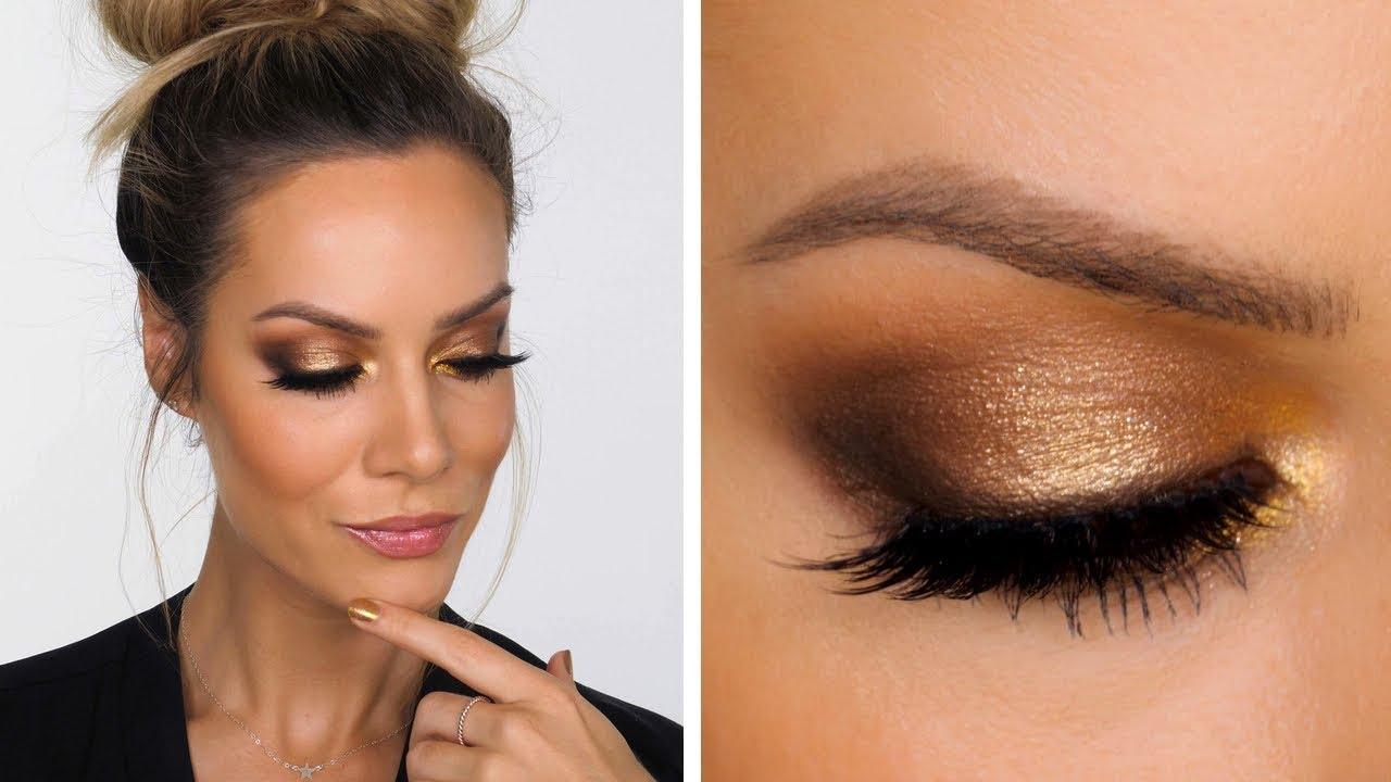 Golden-Smokey-Eye-make-up.. 60+ Hottest Smokey Eye Makeup Looks in 2020