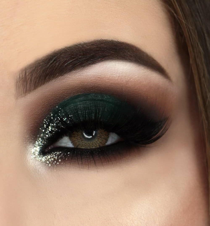 Green-black-smokey-eyes.-1 60+ Hottest Smokey Eye Makeup Looks in 2021