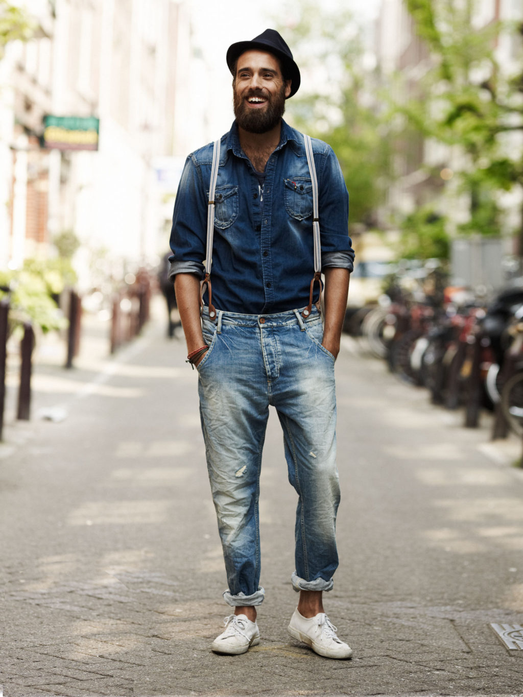 Hat-jean-shirt-and-trousers.-1024x1365 120+ Fashion Trends and Looks for College Students in 2020/2021