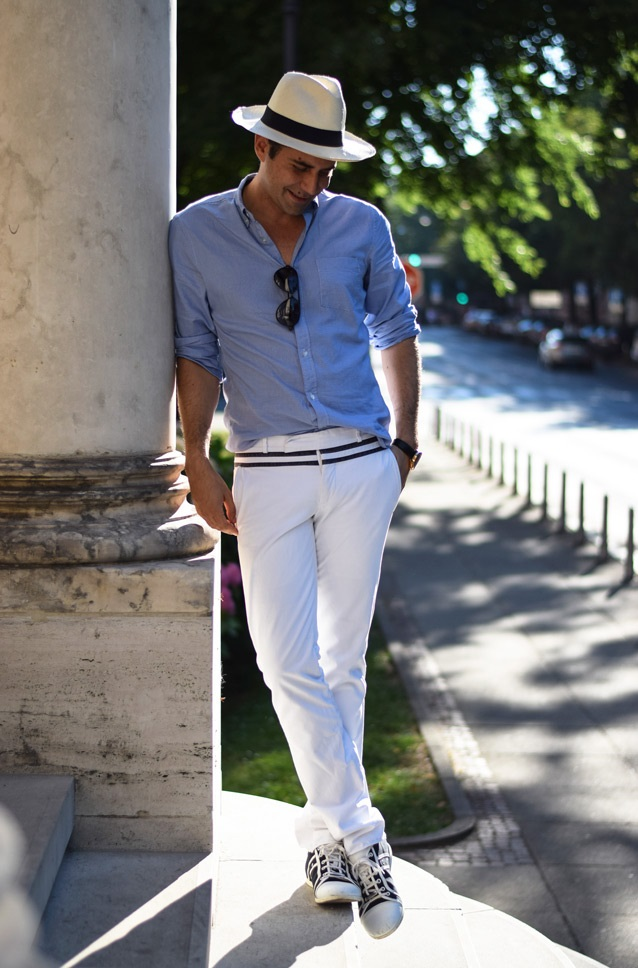 Hat-jean-shirt-and-trousers.-2 120+ Fashion Trends and Looks for College Students in 2020/2021