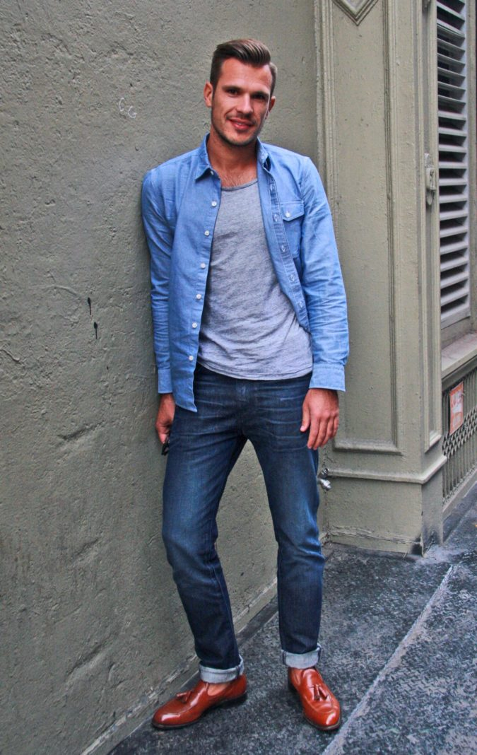 Jean-top-T-shirt-and-trousers..-1-675x1068 120+ Fashion Trends and Looks for College Students in 2020/2021