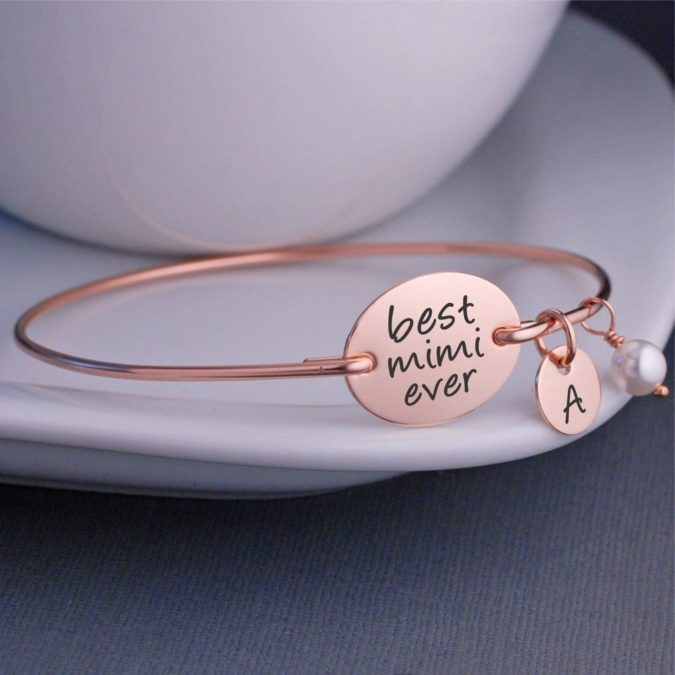 Jewelry-with-engraving.-1-675x675 20 Unexpected and Creative Gift Ideas for Best Friends