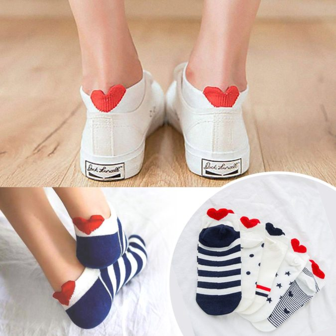Joyful-socks.-1-675x675 20 Unexpected and Creative Gift Ideas for Best Friends