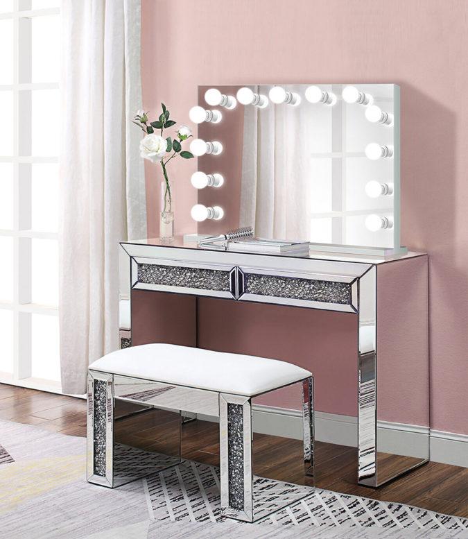 Lighted-mirror-vanity-table-1-675x777 Hottest 50+ Stylish Makeup Vanity Ideas