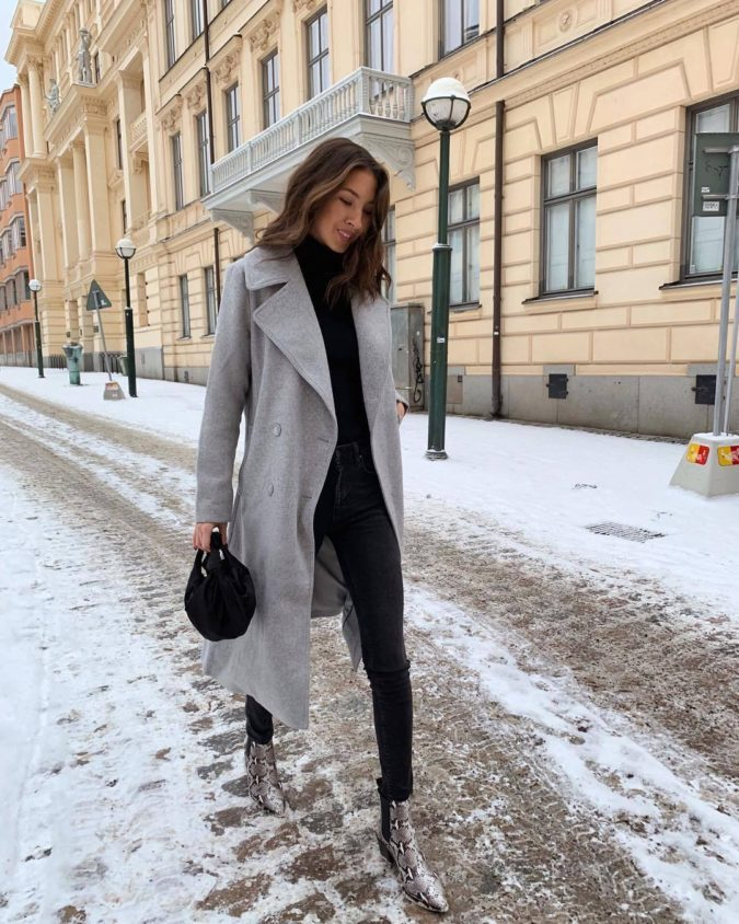 Long-jacket-boots-and-jean-675x844 120+ Fashion Trends and Looks for College Students in 2020/2021