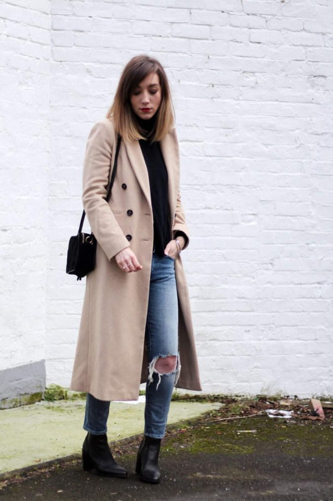 Long-jacket-boots-and-jeans-675x1013 120+ Fashion Trends and Looks for College Students in 2020/2021