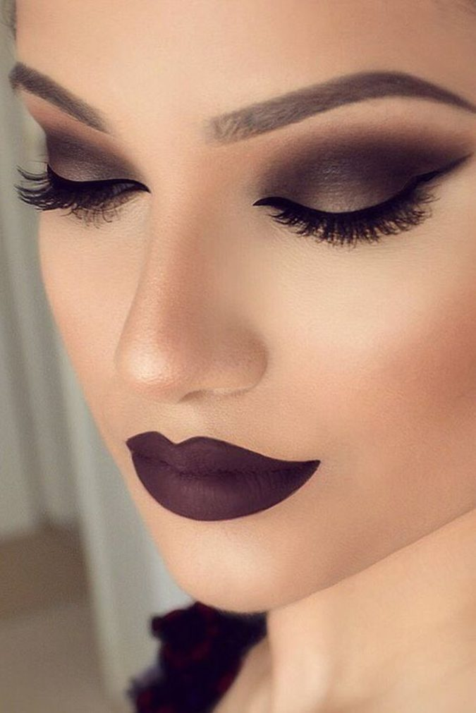 Mauve-Blend-With-Dramatic-Flick-675x1011 60+ Hottest Smokey Eye Makeup Looks in 2021