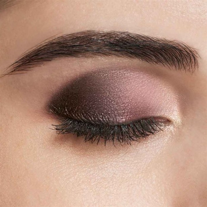 Mauve-Blend-With-Dramatic-Flick..-2 60+ Hottest Smokey Eye Makeup Looks in 2021