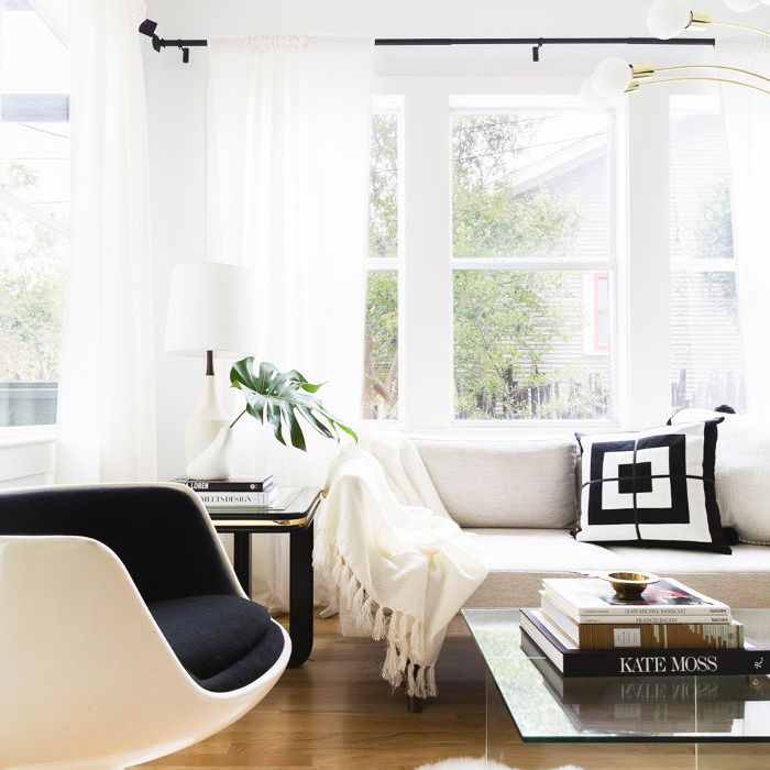 Minimal-living-room-1 70+ Hottest Colorful Living Room Decorating Ideas in 2021