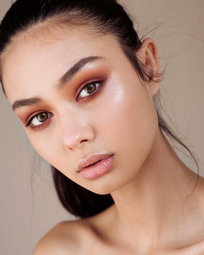 Natural-orange-eyeshadow-1-675x843 60+ Hottest Smokey Eye Makeup Looks in 2020