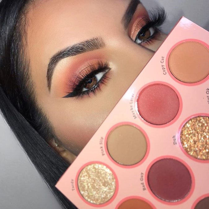 Natural-orange-eyeshadow-675x675 60+ Hottest Smokey Eye Makeup Looks in 2020