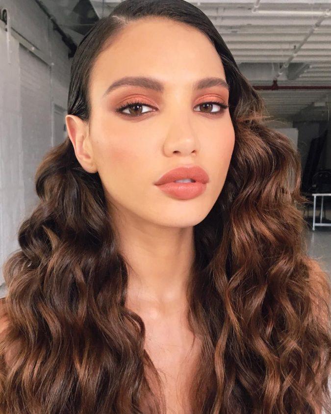 Natural-orange-eyeshadow.-2-675x844 60+ Hottest Smokey Eye Makeup Looks in 2021