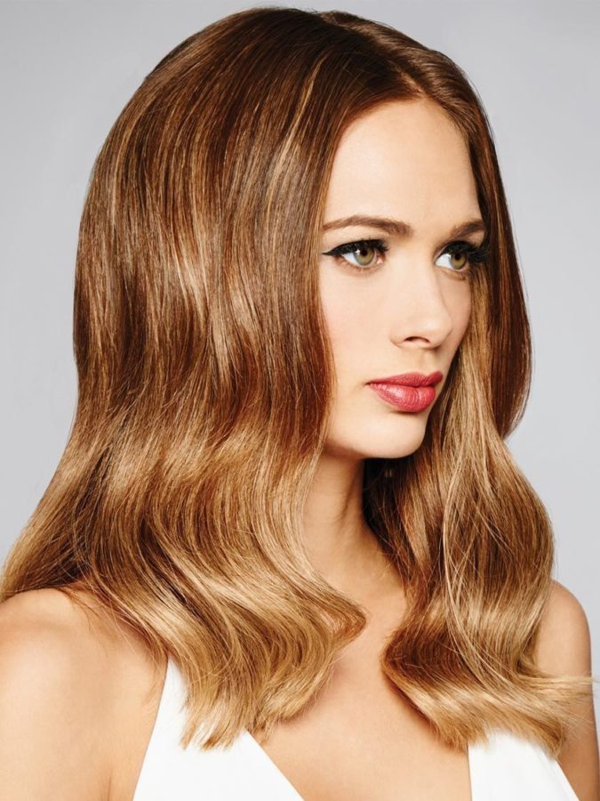Pearl-Blonde-Highlights.-4-675x900 Top 10 Hair Color Trends for Blonde Women in 2021