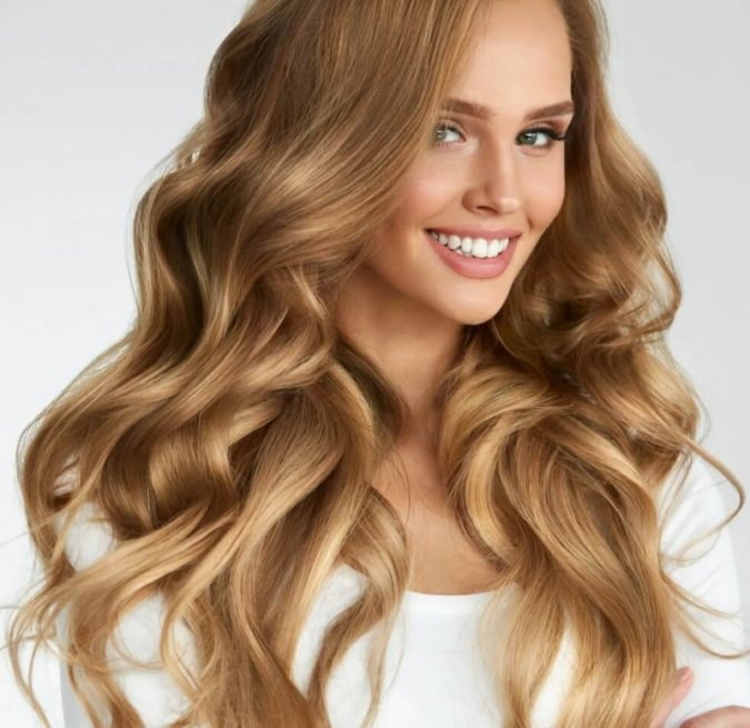 Pearl-Blonde-Highlights..-675x655 Top 10 Hair Color Trends for Blonde Women in 2021