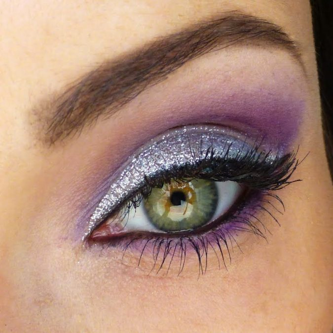 Purple-blended-with-Silver-4-675x675 60+ Hottest Smokey Eye Makeup Looks in 2020