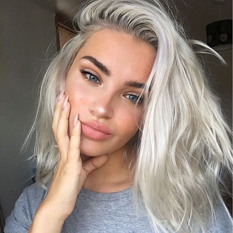 Silver-Blonde-3 Top 10 Hair Color Trends for Blonde Women in 2021