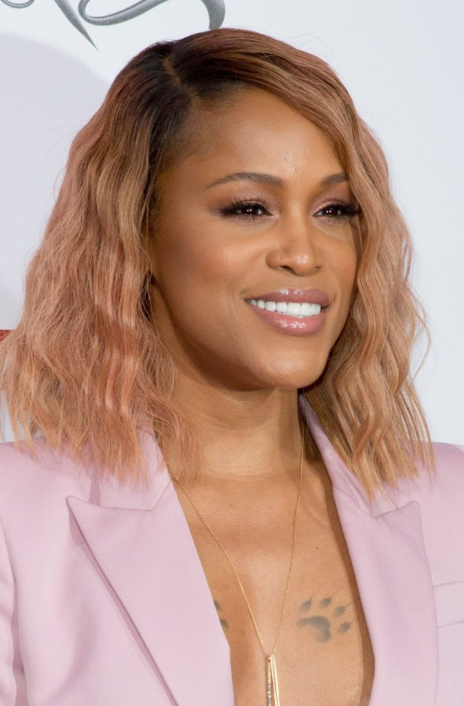 Strawberry-Blonde-2-675x1026 +35 Hottest Hair Color Trends for Dark-Skinned Women