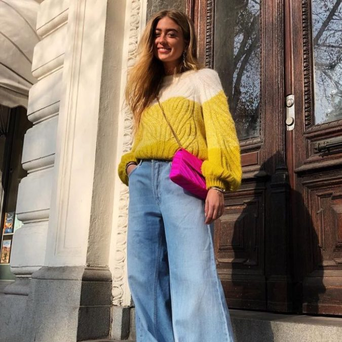 Sweater-and-jeans.-2-675x675 120+ Fashion Trends and Looks for College Students in 2020/2021