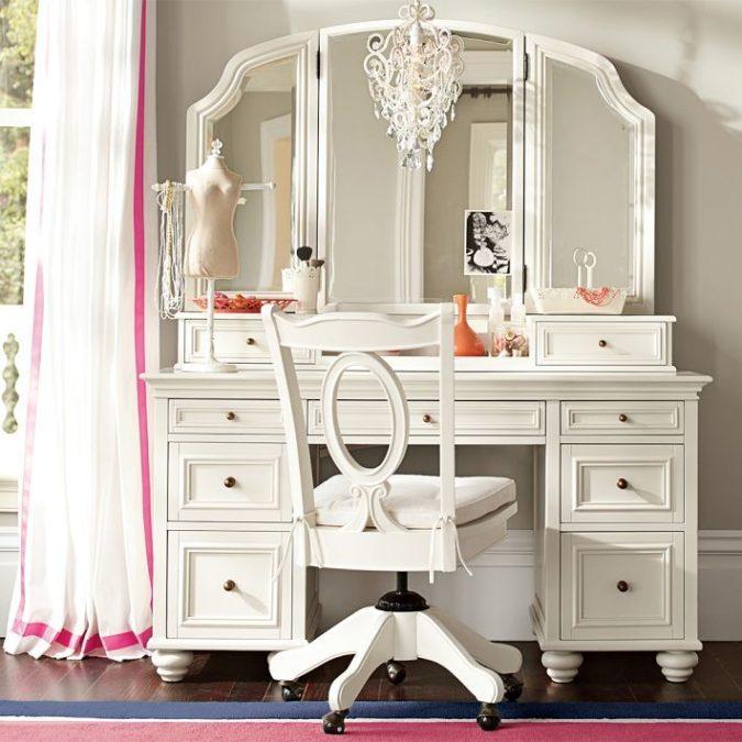 Three-mirror-vanity..-675x675 Hottest 50+ Stylish Makeup Vanity Ideas