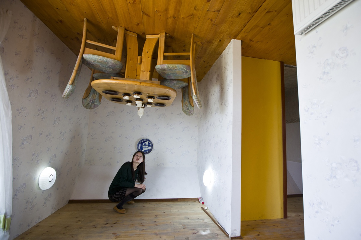 Upside-Down-House.-1 Top 25 Strangest Houses around the World