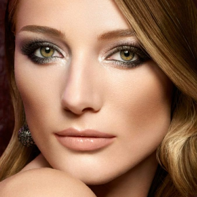 black-and-silver-675x675 60+ Hottest Smokey Eye Makeup Looks in 2021