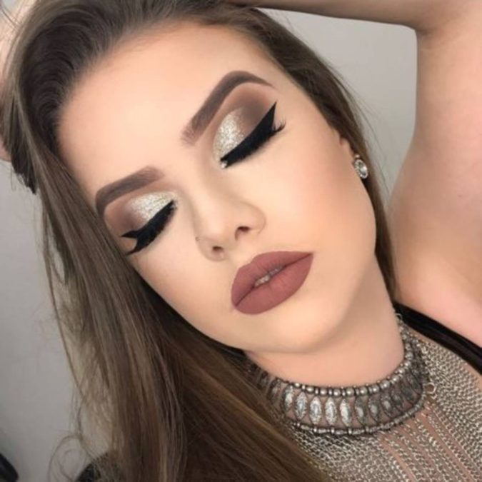 black-and-silver.-3-675x675 60+ Hottest Smokey Eye Makeup Looks in 2021