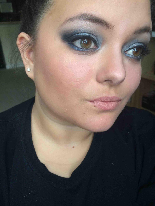 blue-and-silver-smokey-eye.-1024x1365 60+ Hottest Smokey Eye Makeup Looks in 2021