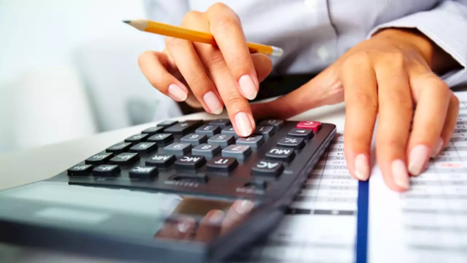 calculating-675x380 7 Tips for Starting Your First Business