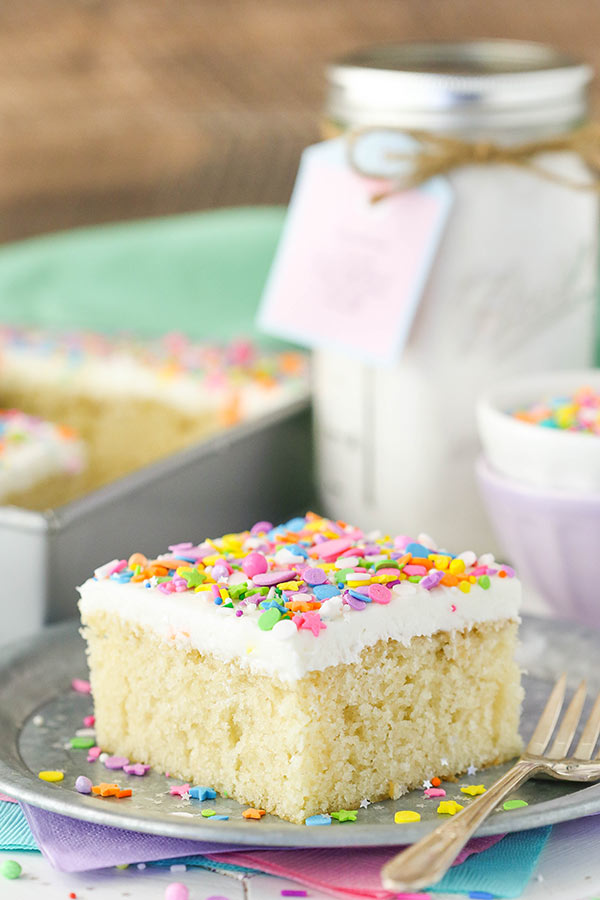 homemade-cake-mix 20 Unexpected and Creative Gift Ideas for Best Friends