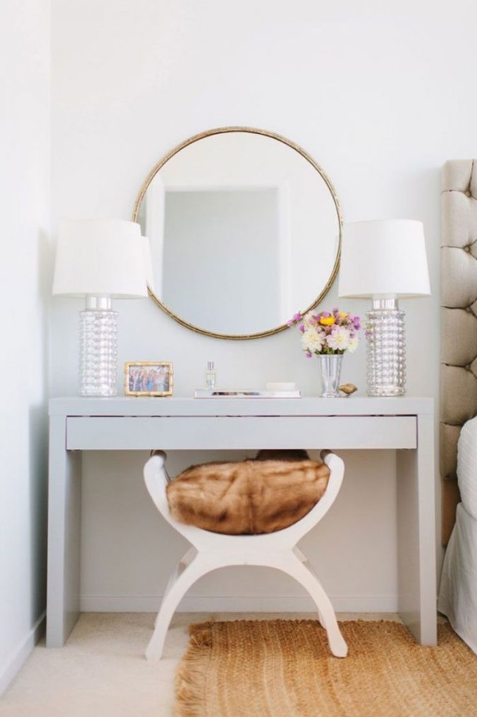 round-regular-mirror-2-675x1013 Hottest 50+ Stylish Makeup Vanity Ideas